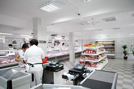 2f5aca2803 Új termékek, új ízek bevezetésével folyamatosan bővítjük kínálatunkat.  Aktuális akcióinkkal várjuk kedves vásárlóinkat üzleteinkben.